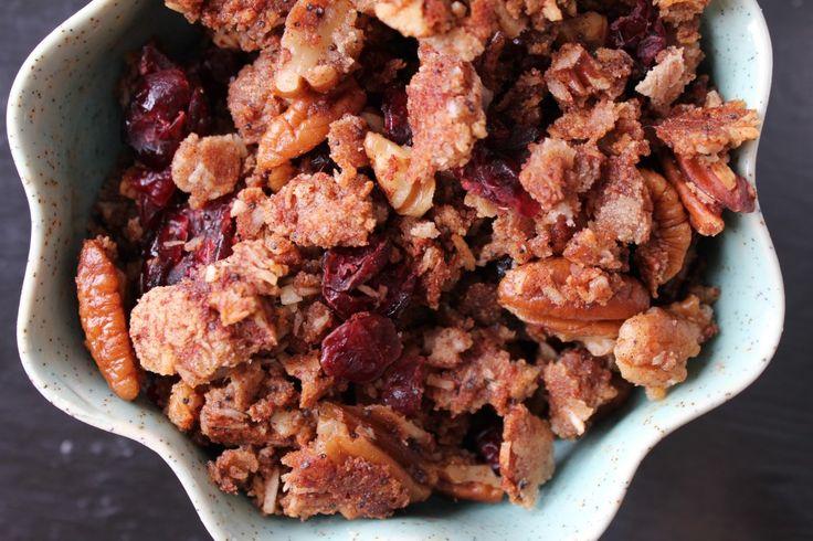 Paleo} Maple Cashew Granola | Health: Breakfast | Pinterest