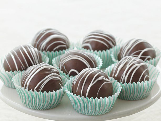 Triple-Chocolate Fudge Cake Truffles.. made these for Christmas. Huge ...