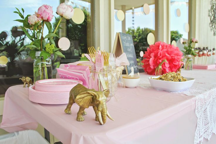 while it rains: A PINK AND GOLD BABY SHOWER FOR BRITT