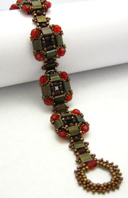 Layered Tila Bead Woven Bracelet Free Pattern Blog with links to tutorials plus this one on the blog