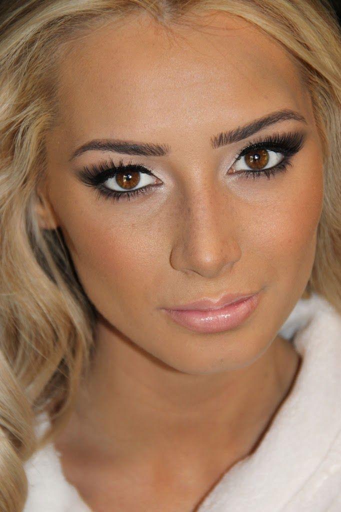 Blonde Bombshell Alicia Oliver | Makeup | Pinterest