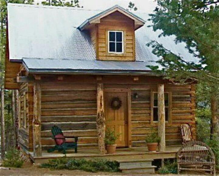 Cute log home CottagesCabinsSmall Homes Pinterest