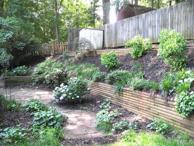 Terraced Backyard Landscaping Design : Backyard Ideas Terraced Backyard  Landscaping Ideas