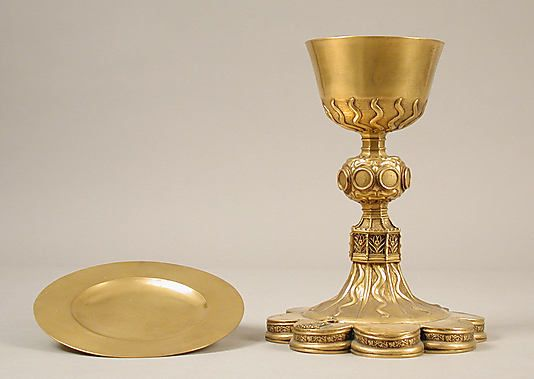 Gold chalice and paten, made in France. | OUTLANDER ...