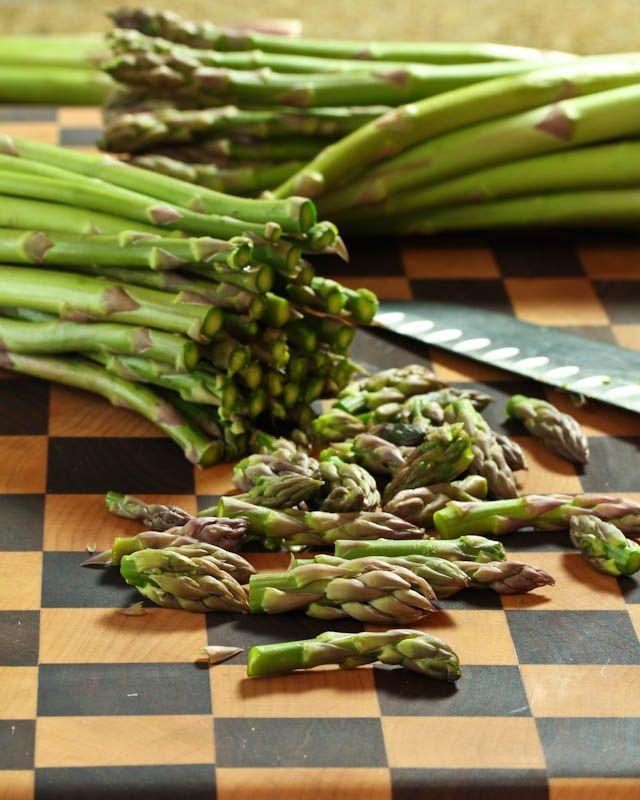 Light and Creamy Asparagus Soup | Recipe