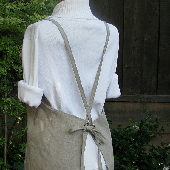 love these linen aprons from goodmeasureshop on Esty.