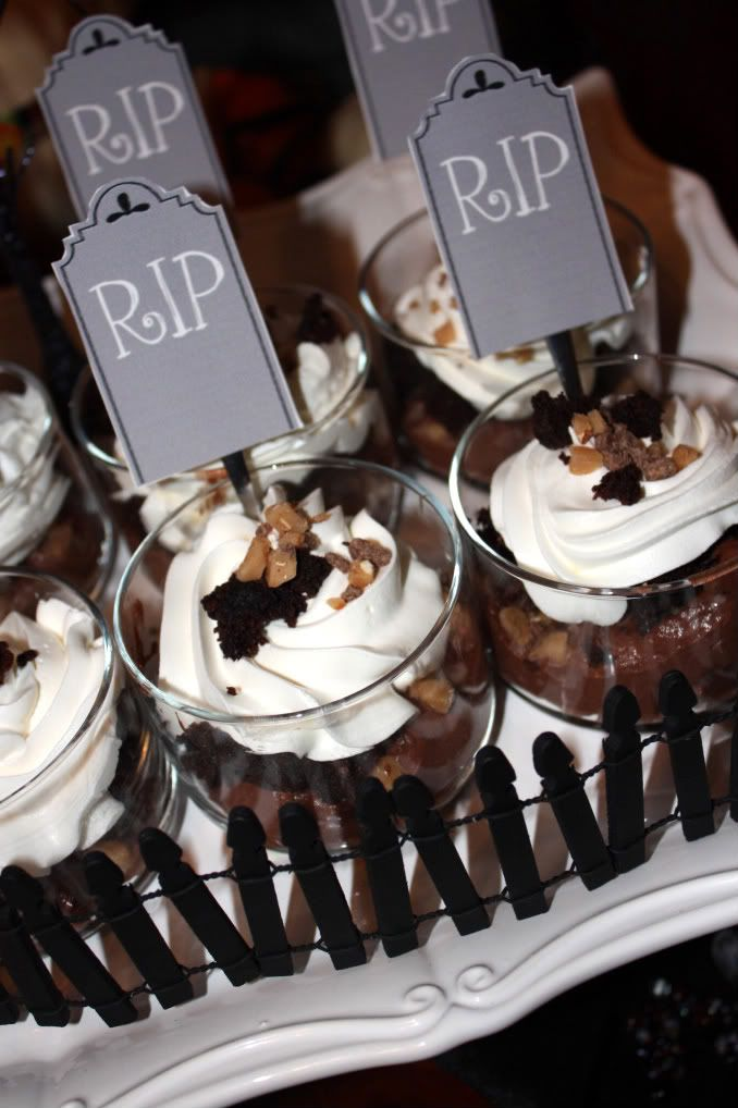 halloween mini desserts