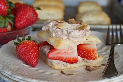 Strawberry & Chocolate Cream Napoleons | sweetness | Pinterest