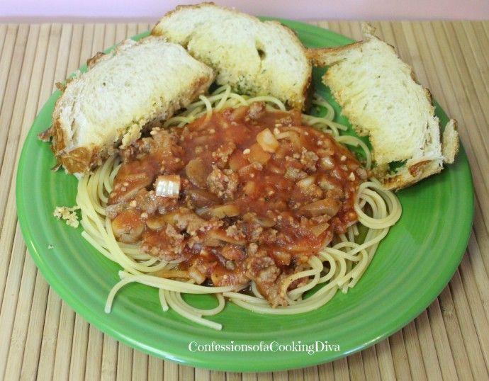 crockpot Italian Sausage Spaghetti Sauce - confessionsofacookingdiva ...