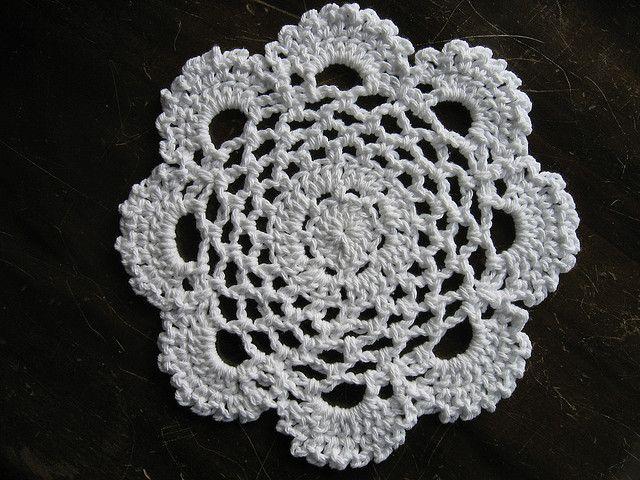 Lacy Round Dishcloth ~ free pattern Crochet Pinterest