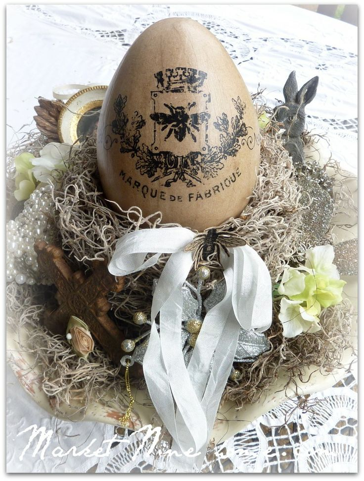 LIke the wooden egg with stencil