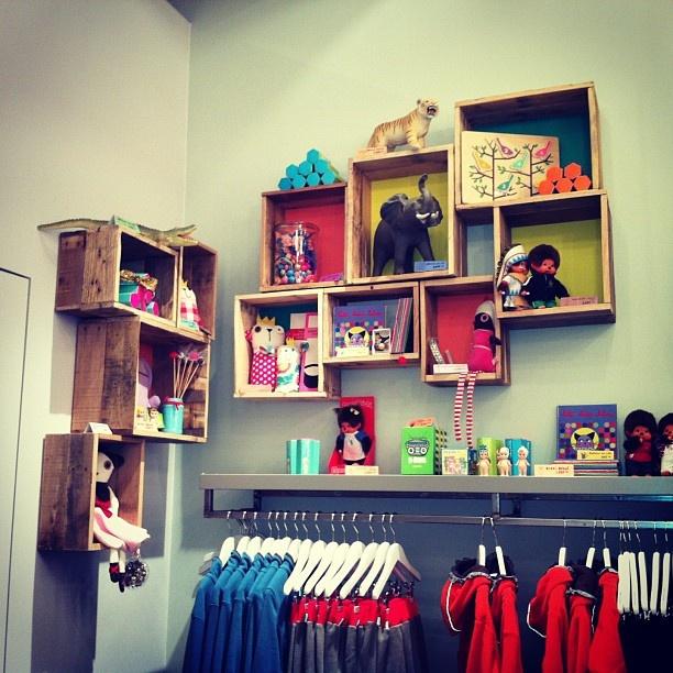 kids room shelves for my kiddos pinterest. Black Bedroom Furniture Sets. Home Design Ideas