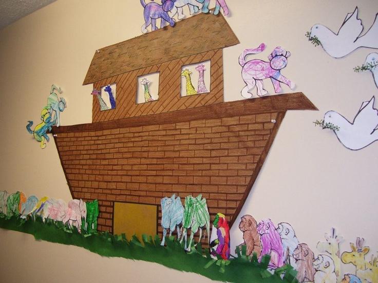 Noahs ark king 39 s kids crafts pinterest for Noah s ark decorations