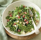 Garden Lettuce Salad with Skirt Steak, Avocado & Toasted Pumpkin Seed ...