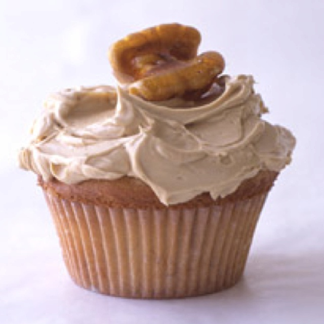 Maple-Walnut Cupcakes Recipe — Dishmaps