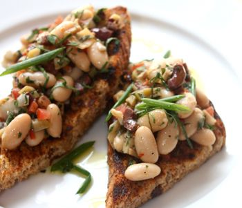 White Bean Crostini with Great Harvest Bread, #recipes