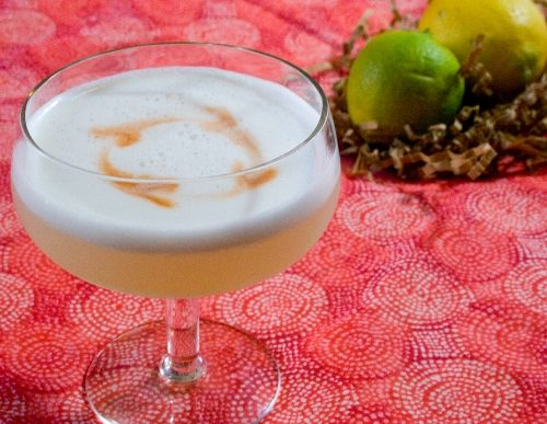How To Make An Authentic Peruvian Pisco Sour #lemon #pisco # ...