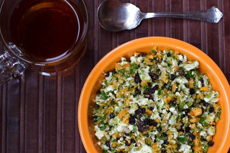 Detox Salad: Broccoli, Cauliflower, carrots (all chopped finely in a ...