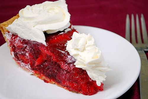 icebox pie inspires a strawberry lemonade icebox pie of agates and