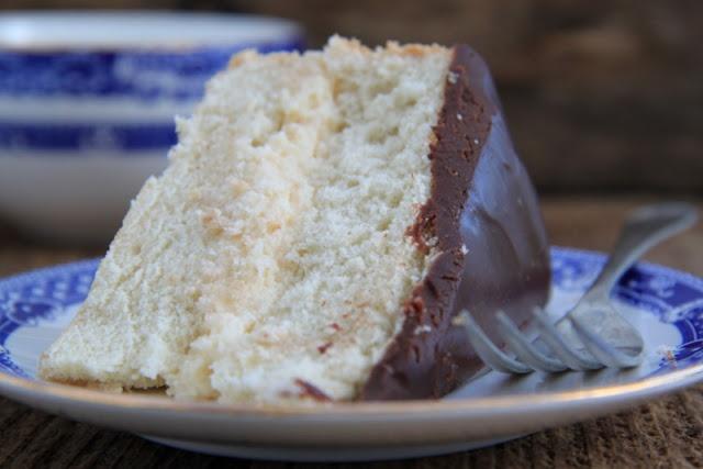 Bostońskie ciasto przekładane (Boston cream pie)