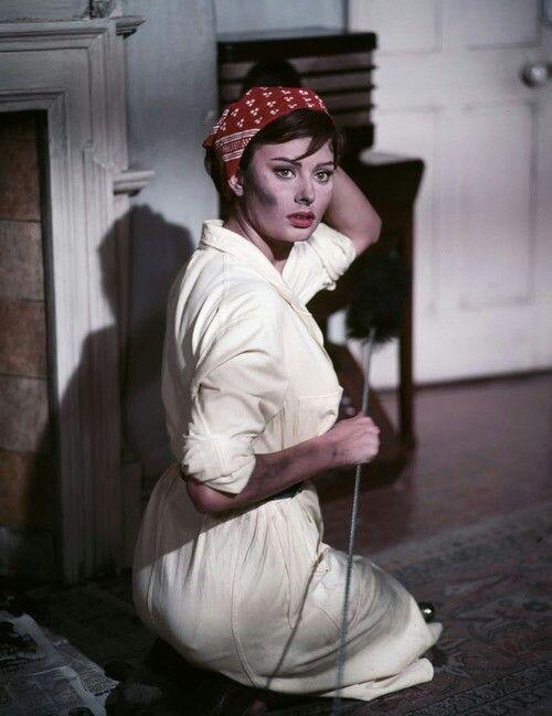Sophia Loren in The Ke...