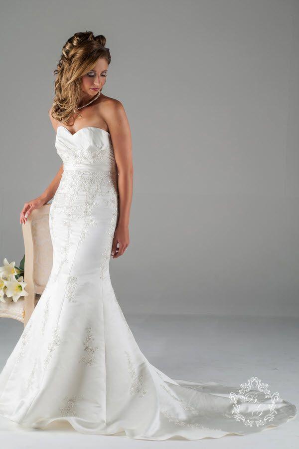 Satin Fishtail Wedding Dress : Satin and lace fishtail wedding dress