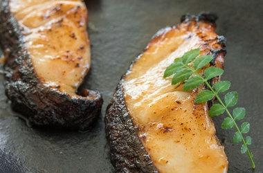 Miso Glazed Cod | Good Food | Pinterest