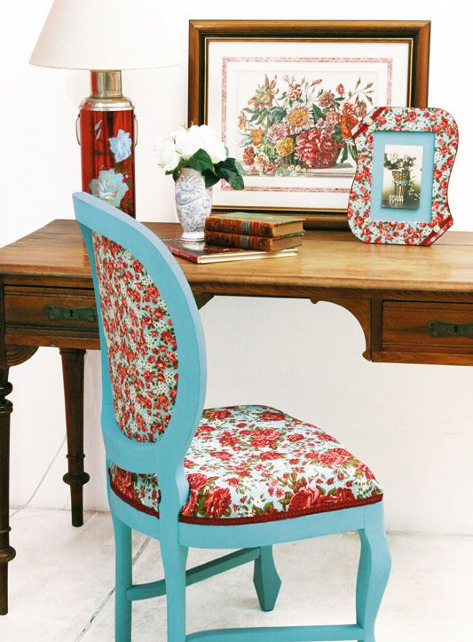 Cadeira reformada com artesanato