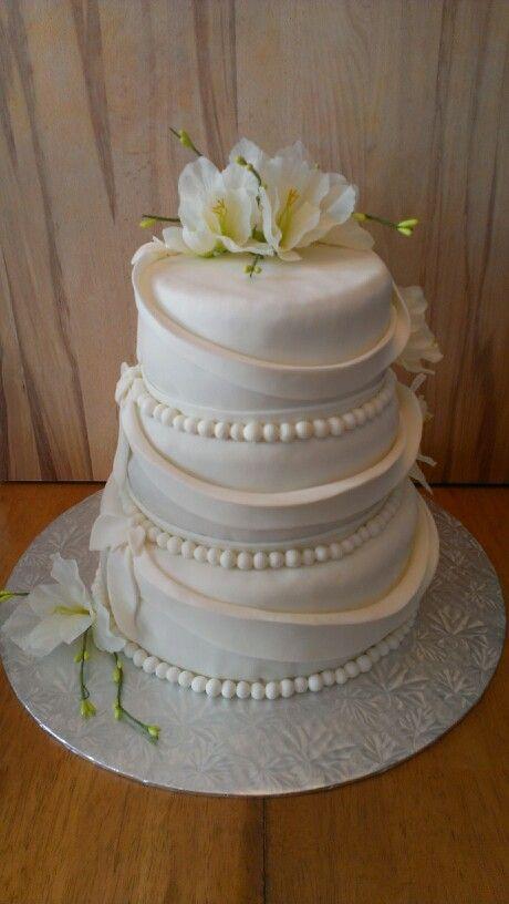 Gâteau de mariage 3 étages au chocolat  Mes gâteaux  Pinterest