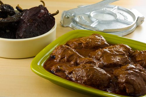 Pipian+Rojo+De+Pollo chicken-ancho-chile-sesame-pollo-pipian-rojo