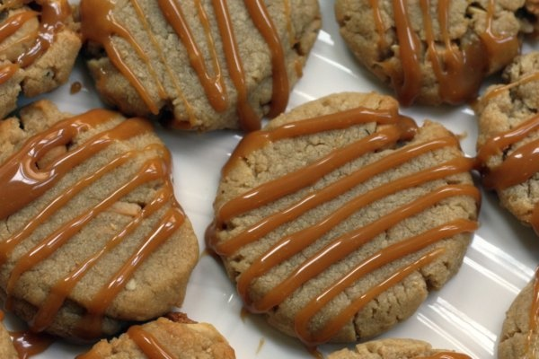 Cashew caramel cookies   Recipes - Cookies   Pinterest
