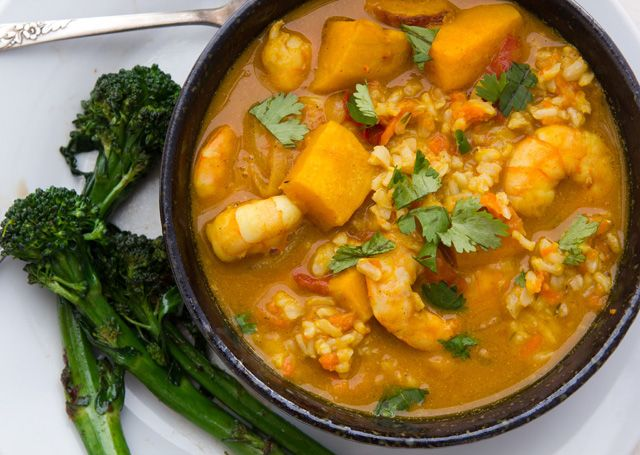... 10 minutes. Add vegetable broth, coconut milk, curry powder, and