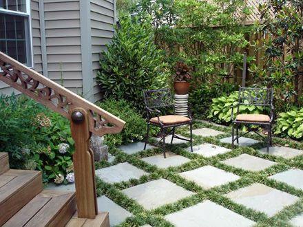 Checkerboard lawn garden backyard patio pictures for Checkerboard garden designs