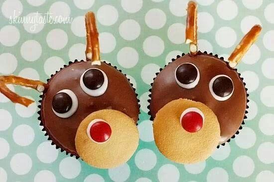 Rudolph red velvet cupcakes | Christmas | Pinterest