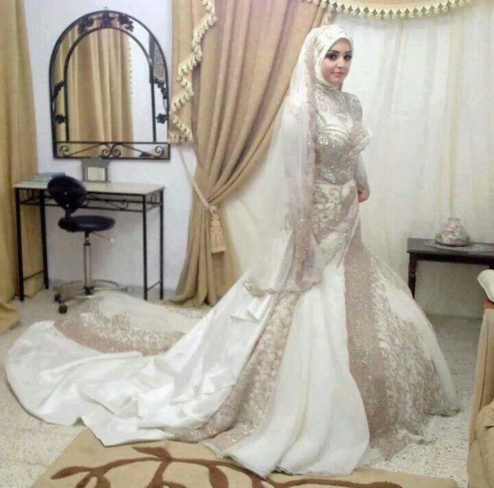 Hijab bride wedding dress ideas for muslimah pinterest for Arabic wedding dresses with hijab