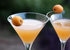 loquat cocktail | Food: Loquat Love | Pinterest