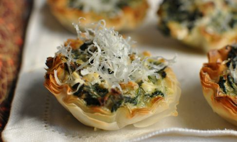 Skinny Baked Brie Phyllo Cups With Craisins And Walnuts Recipes ...