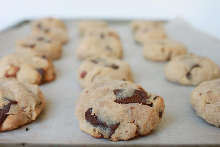 Winter: Flourless Chocolate Chunk Pecan Cookies (Paleo)