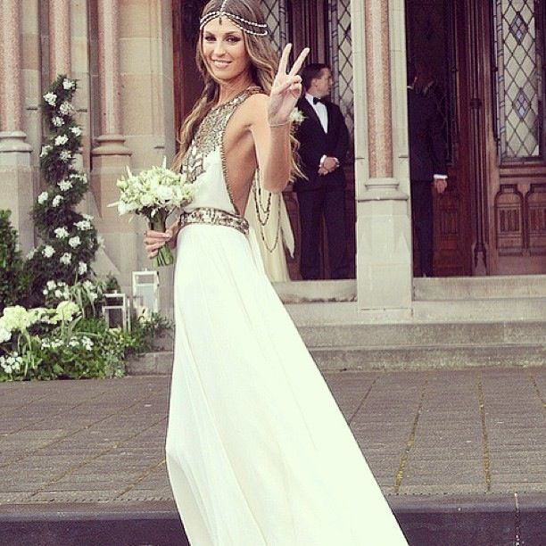 this would so be me on my wedding day! flower child for life!