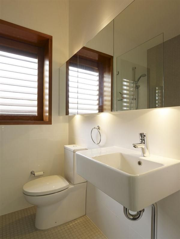 bathroom design ideas on a budget  Small bathrooms  Pinterest