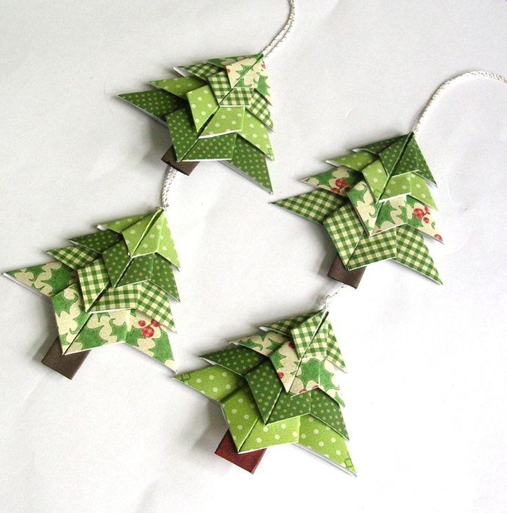 すべての折り紙 折り紙サンタの作り方 : Origami Christmas Tree Ornaments