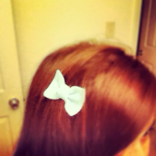 DIY felt hair bow...tried it, love it! | Get my hair did.... | Pinter ...
