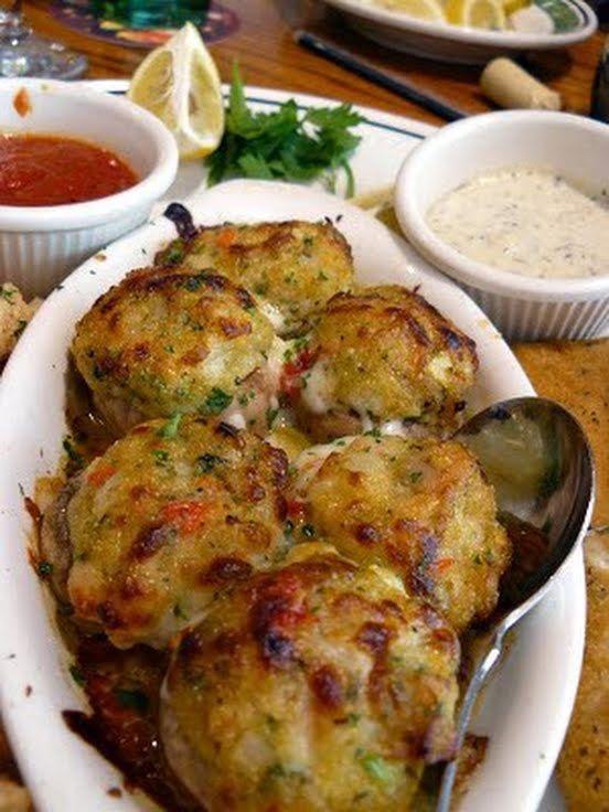 "Stuffed Mushrooms (Olive Garden Copycat)! ""I LOVE OG stuffed mushrooms ..."