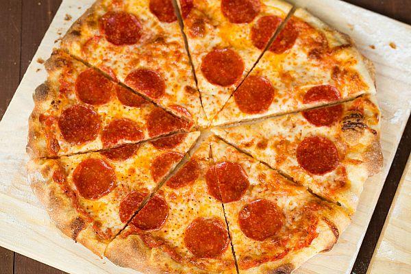Thin Crust Pizza by @Michelle (Brown Eyed Baker) :: www.browneyedbaker ...
