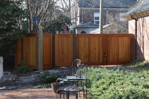 Need to find a good fence for the backyard