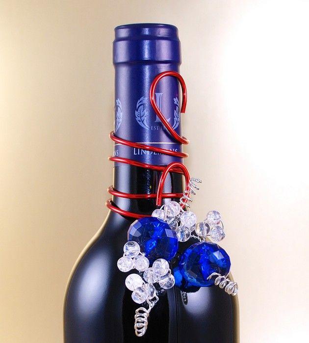 Wine bottle decorating ideas 21 pics crafts pinterest