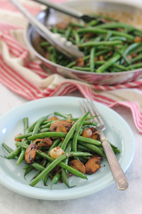 Hearty Green Beans With Mushrooms and Pearl Onions