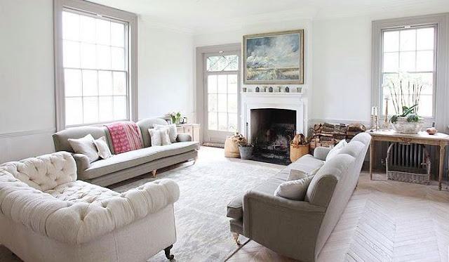Light Grey Walls with Dark Wood Floors 640 x 373