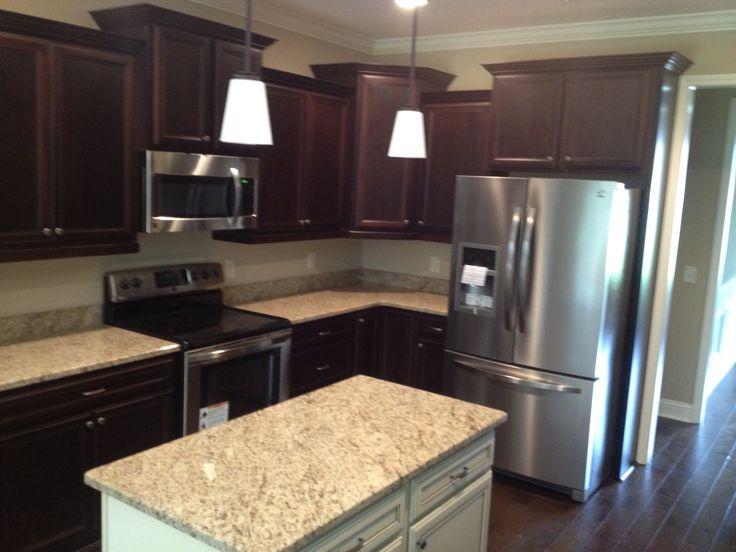 Kitchen Backsplash Ideas Dark Cabinets