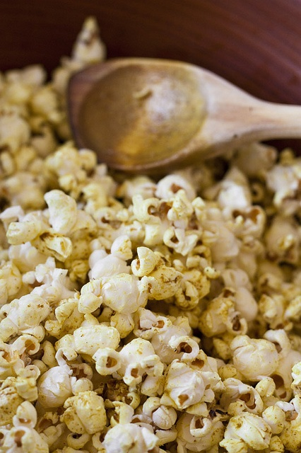 Curried Popcorn | Recipes to Try - Popcorn | Pinterest